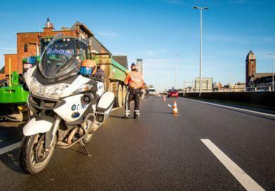 Grootscheepse verkeersactie aan de N177 in Boom