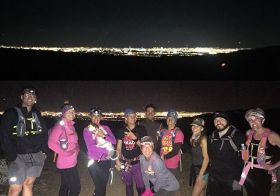 It's been nearly a month since I've ran w/ @rebeccarunstrails & her Monday Night group! I've missed it (& of course, our group photos lol) #trailrunning #trailjunkies #nuunlife #taur #beyondlasvegas #optoutside [instagram]