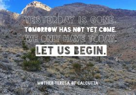 Bad days shouldn't drag us down. The good news is, it's a fresh week to start anew! #motivationalmonday #singletrack #trailrunning #taur #trailjunkies #nuunlife #stayhydrated #saintteresaofcalcutta #quotestoliveby [instagram]
