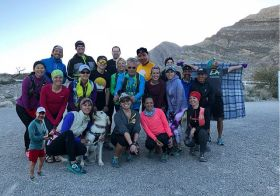 Monday nights are for singletrack trails! I miss my friend @rebeccarunstrails who normally organises these (she's on Spring Break). Still, we had a great,windy time with new and old friends. #trailrunningvegas [instagram]