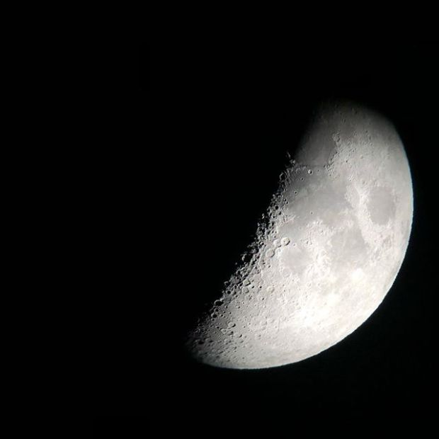 Apple really upped their game with the optical zoom on the iPhone X  jk. Moon view assisted by @celestron_telescopes