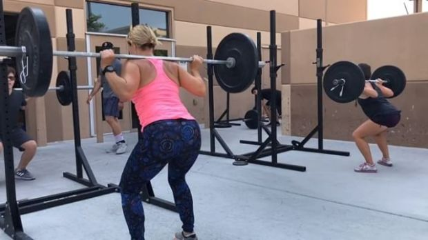 Today's WOD was brought to you by the letter B— backsquats! 😬😎 Starring @rebeccarunstrails @brandy.lee.16 et al. #crossfit
