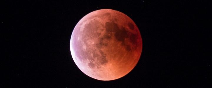 27. Juli: Andrang zur Mondfinsternis