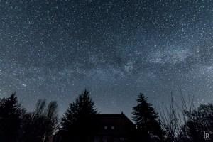 Story zum Foto – Teil 3: Milchstraße über Großelterns Haus