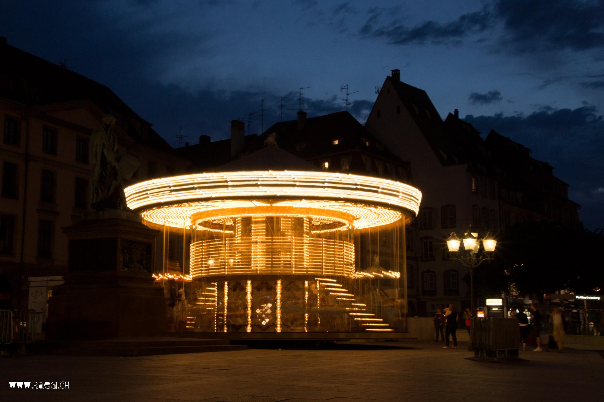 Karussell am Place Gutenberg in Strassburg