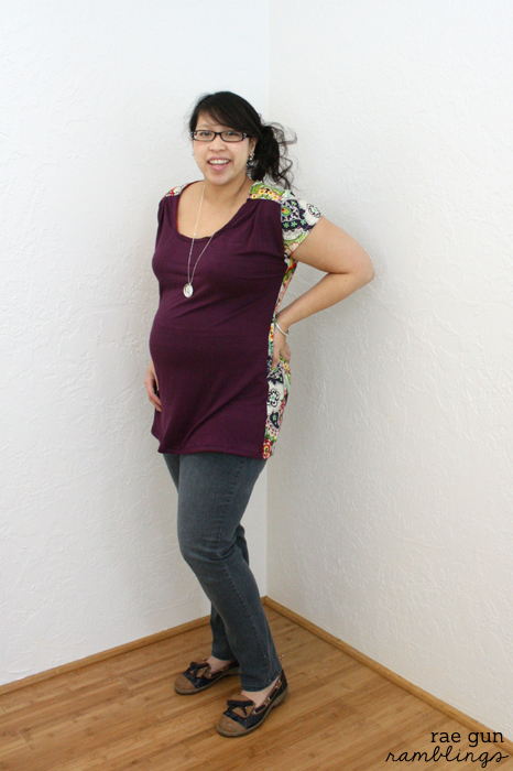 Maternity Bess Top. Great sewing pattern that works for pregos and normal bodies alike! Review at Rae Gun Ramblings