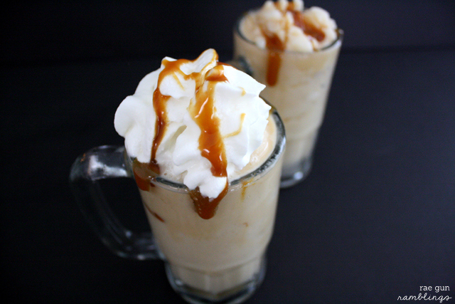 Delicious and refreshing frozen butterbeer recipe perfect for Harry Potter fans - Rae Gun Ramblings