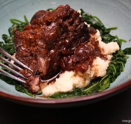 balsamic cherry beef roast crock pot recipe - Rae Gun Ramblings