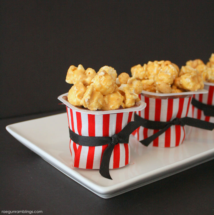 fast and adorable popcorn pudding treat cups. The perfect dessert for movie night.