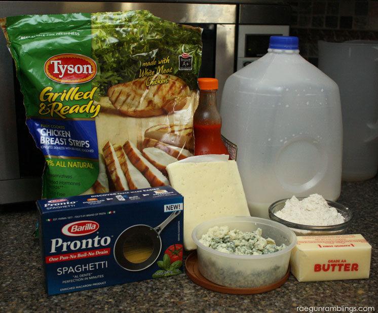 10 minute buffalo chicken blue cheese pasta recipe in one pan. great weeknight dinner idea