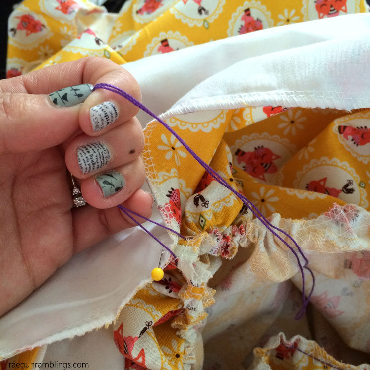 Hands down the only way I'll gather when I'm sewing. Great trick every sewist should know and use.