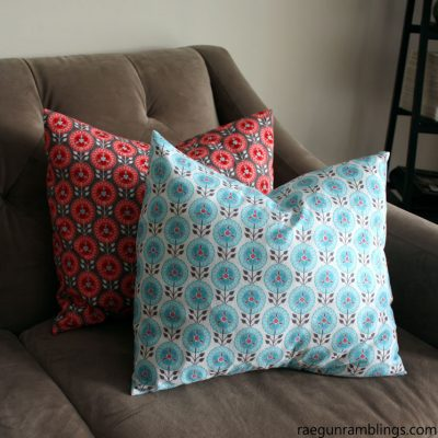 10 Minute Pillowcase Tutorial with Video