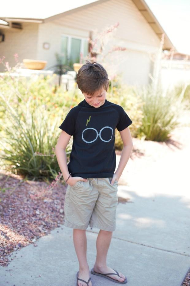 Fabulous Harry Potter Glasses and Scar Boy's Shirt
