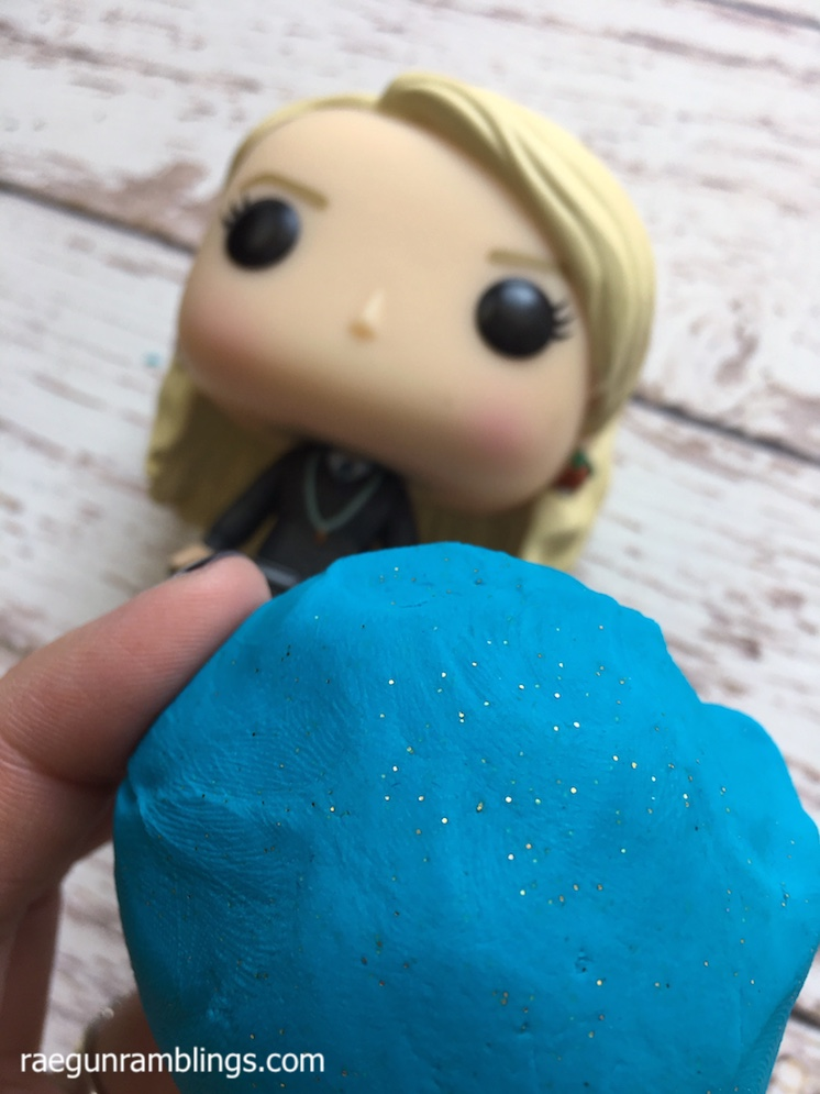 crazy easy glitter playdough tutorial with great texture