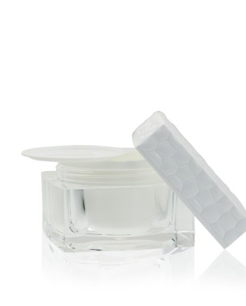 luxury-jars-cosmetic-beauty-control