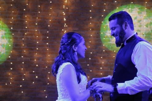 Casamento Lidiane Rocha e Rafael Funchal - Dança do casal
