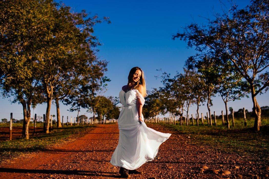 Ensaio de noiva, vestido de noiva, vestida de noiva, fotos de noiva em bonito, ensaio, pré wedding, ensaio no campo, ensaio de dia, ensaio de casal