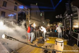 Raffaele Porzi DJ_ BASTIA UMBRA - Piazza Mazzini - Paliopen