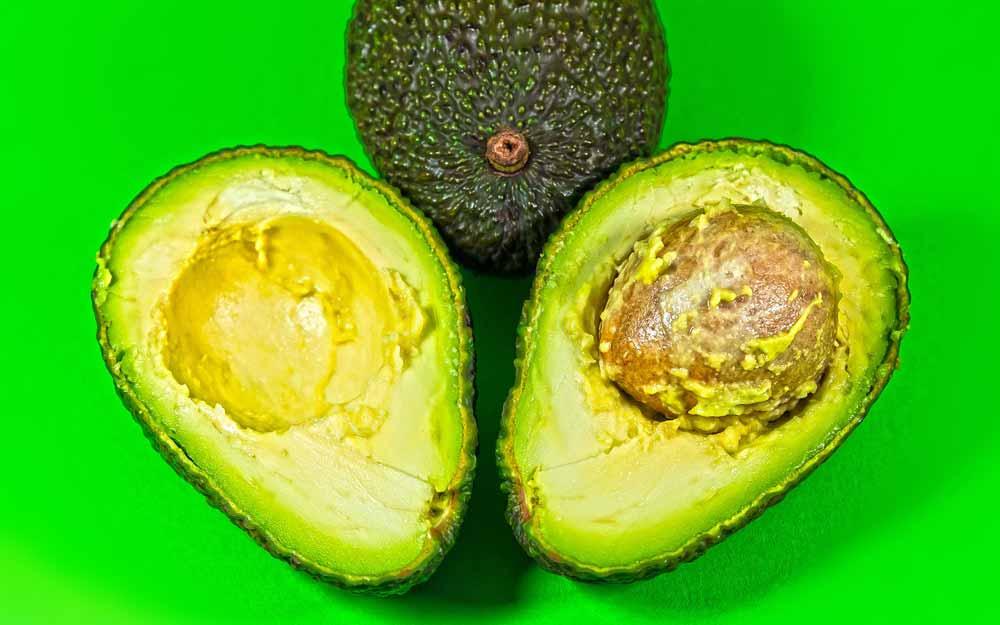 Avocado: il frutto superstar del benessere