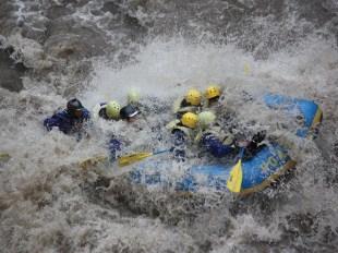 HOA_rafting_hokkaido_1000px-Sarugawa