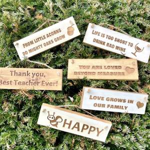 Rustic Small 30cm Wooden Sign – From Little Acorns Do Mighty Oaks Grow