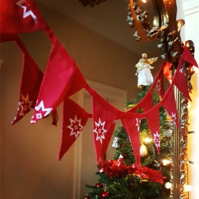 Red Christmas Star Bunting
