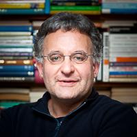 Social researcher Andrzej Olechnowicz