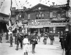 Crowds at Royal Visit to Manchester Victoria Station 1905