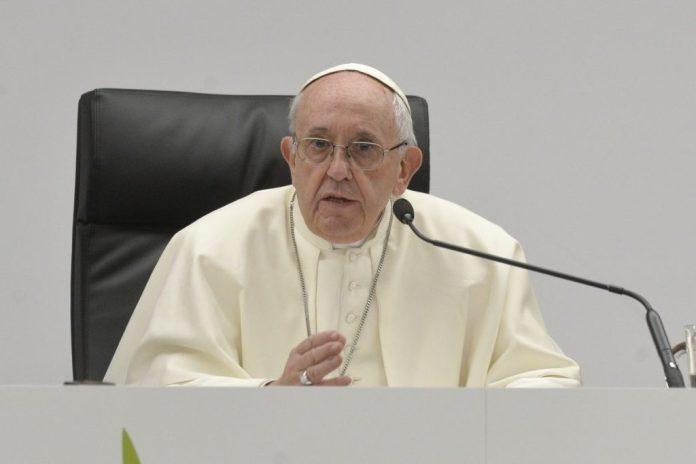 """papa-francesco:-""""condividere-proprieta-non-e-comunismo,-ma-cristianesimo-allo-stato-puro"""""""