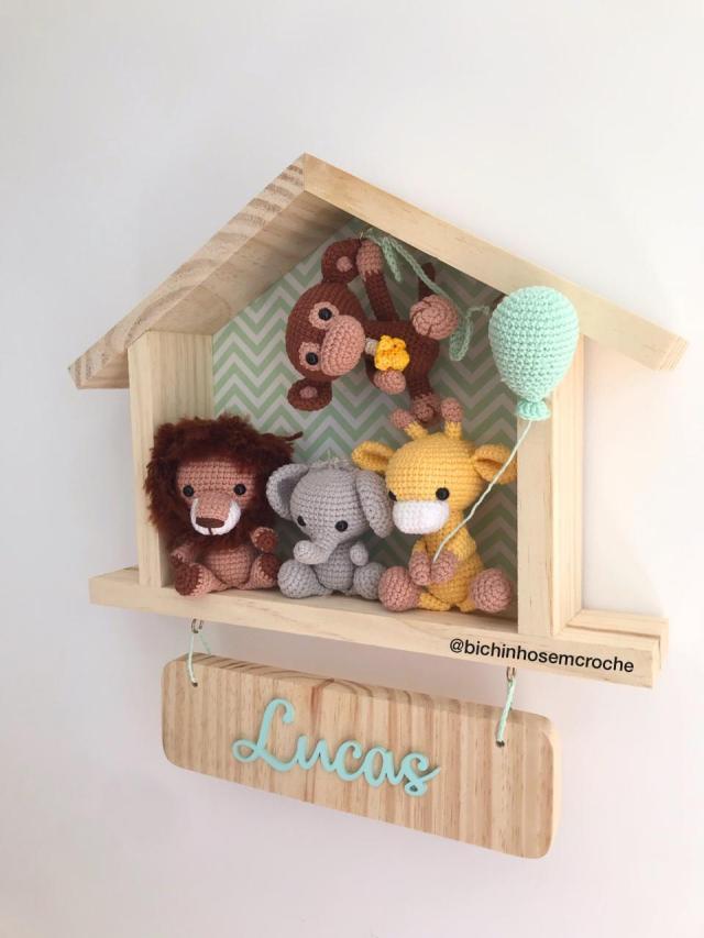 Enfeite Porta Maternidade Safari Amigurumi Casinha Raiane Barros 2