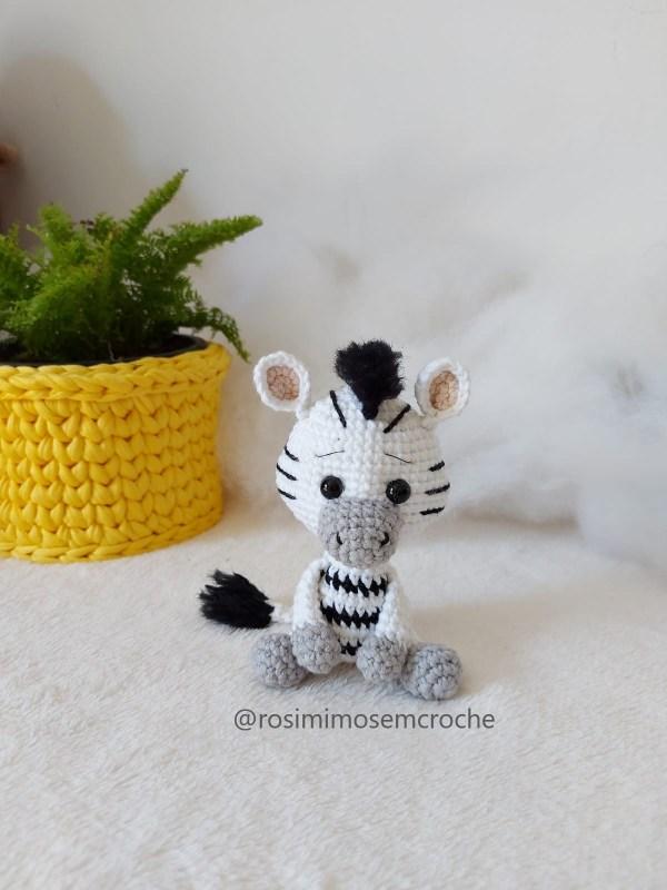 Capa Zebra Amigurumi Baby Rosi Barros