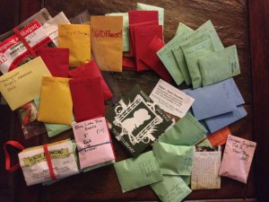 Mini seed packets disseminated by Raíces EcoCulture to schools, community gardens and individual gardeners in our community.