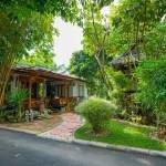 11-tropical-family-cottage-003