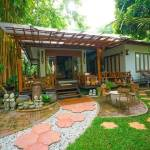11-tropical-family-cottage-008