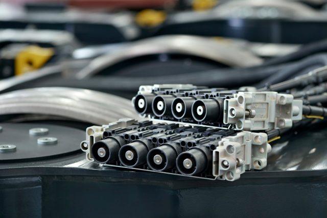 Stäubli electrical connector