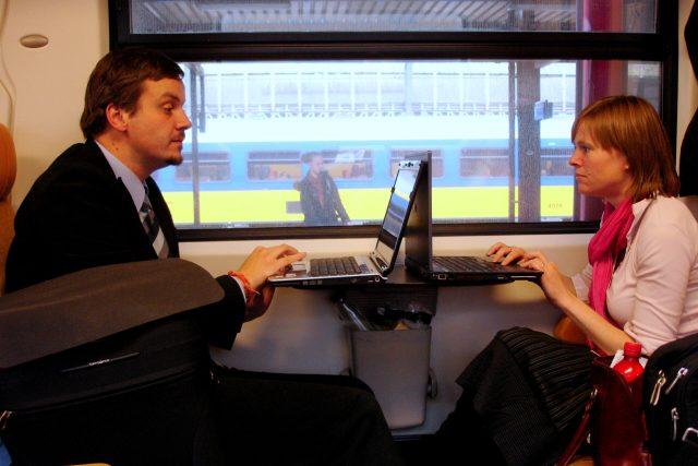 In-Train Wireless Coverage
