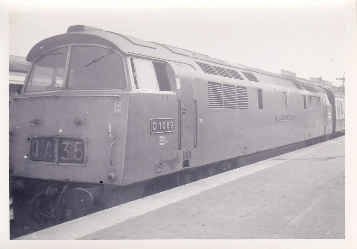 Class 52 1069 Western Vanguard diesel locomotive on up train at Exeter St Davids railway depot June 1971