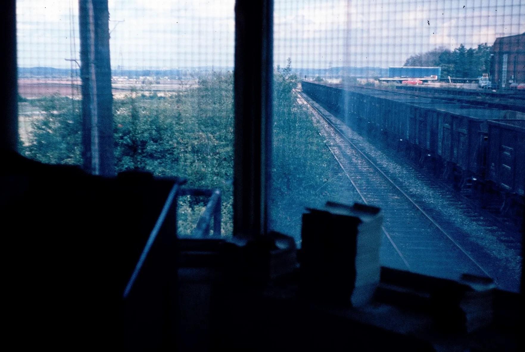 Rushcliff Halt Signal Box - 1981 - old railway photo