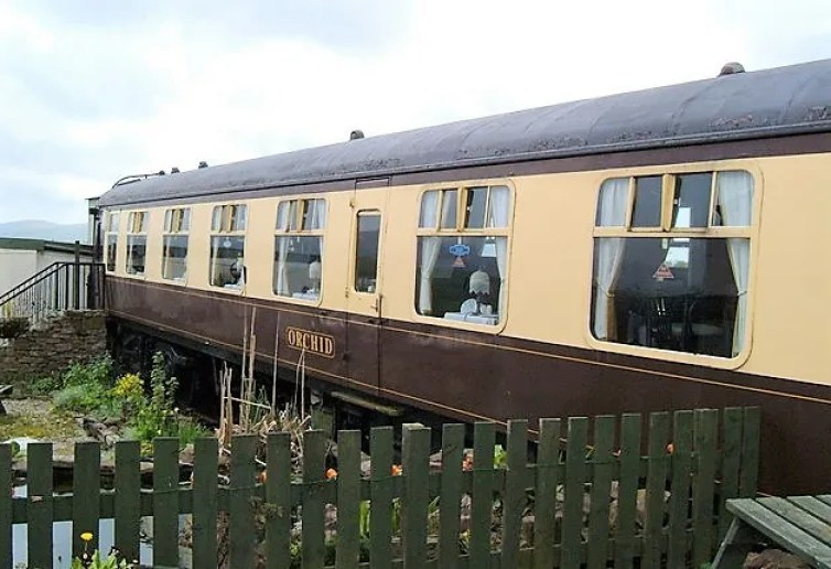 FO S3065 at The Hound Inn near Whitehaven in Cumbria