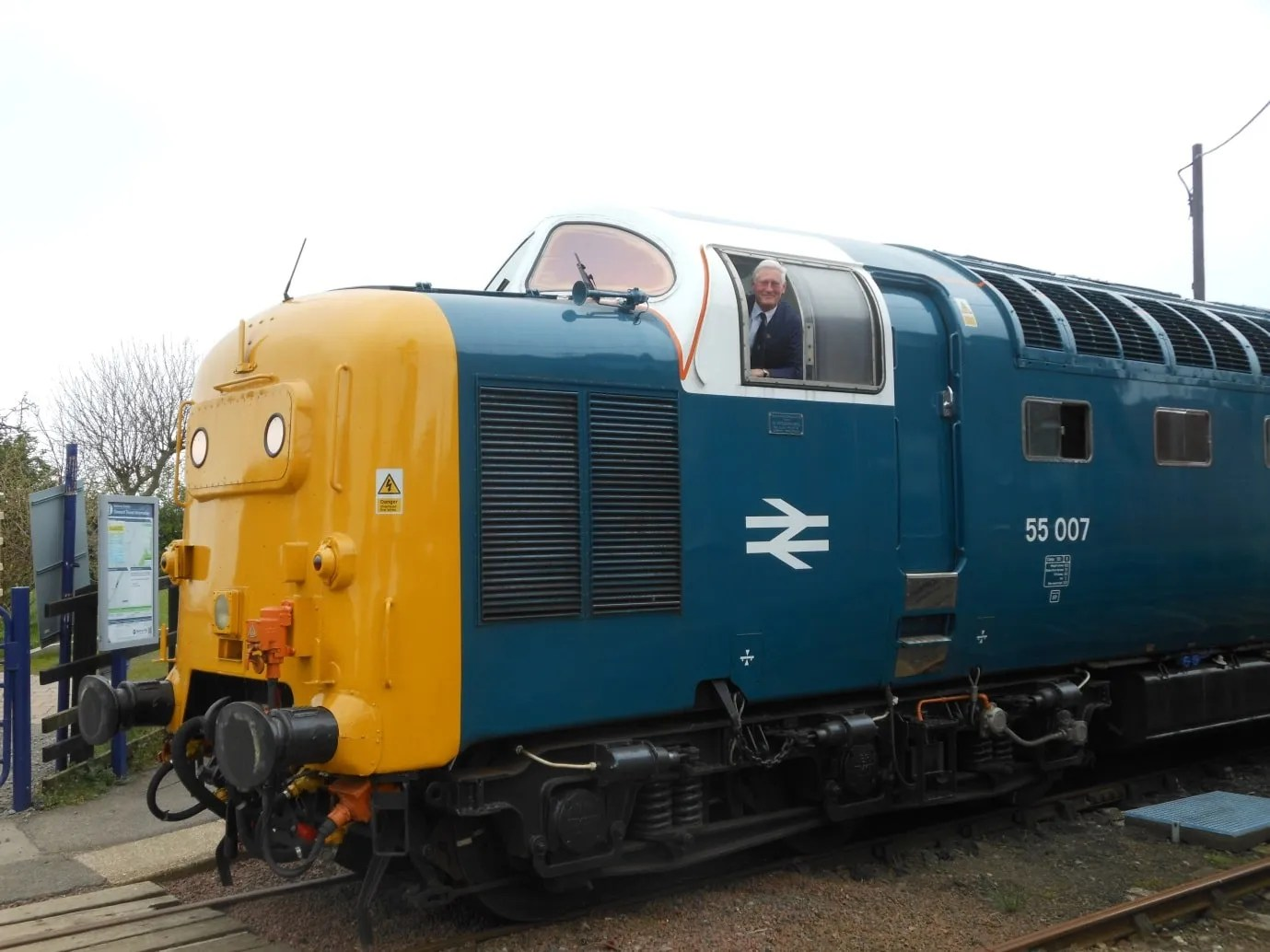Class 55 diesel locomotive NYMR - railway memories