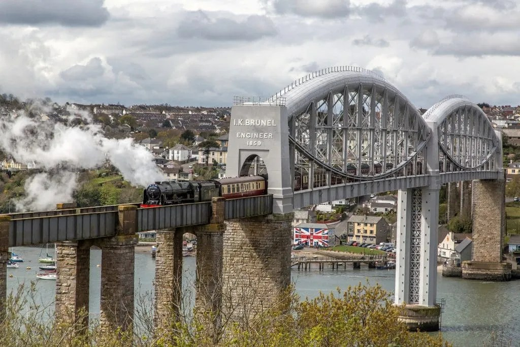 steam train locomotives LMS Royal Scot Class 7P 4-6-0 No: 46100 'Royal Scot' with 57316 on the rear (out of sight) crossing the Royal Albert Bridge