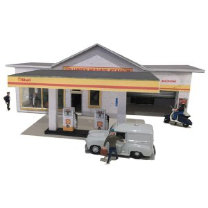 Cardales only Petrol station for miles around. This model railway petrol station will suit any layout. Its defined graphics with look great on anyones model railway build.