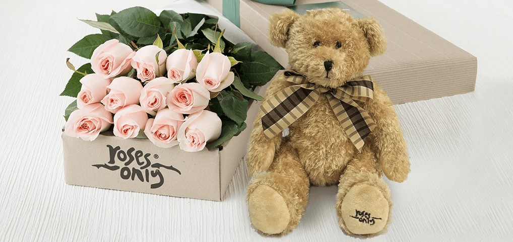 Roses and Roses Only! 3 reasons why we think they are the best gift options