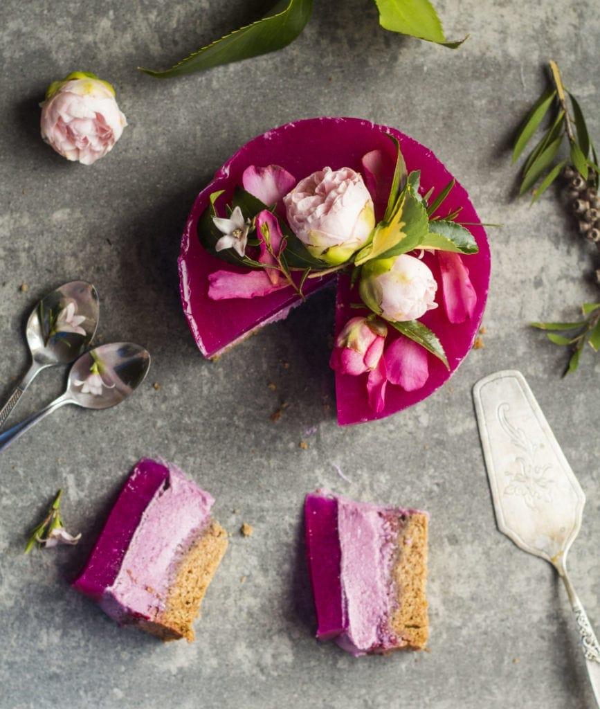 pitaya layer cake vegan 1.