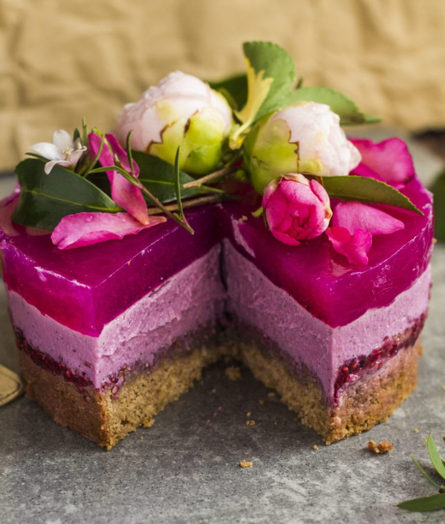 Cake With Fruit Layers : Pink dragon fruit layer cake