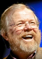 http://www.eadt.co.uk/news/clacton_famed_author_bill_bryson_launches_rail_station_clean_up_bid_1_800713