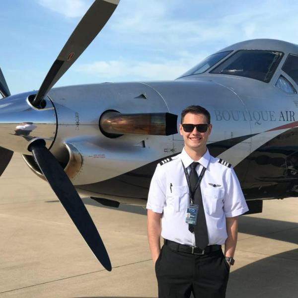 Become a Commercial Pilot | Rainier Flight Service