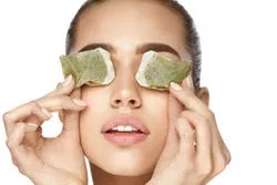 Green tea has helping you in getting rid of the ugly dark circles
