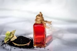 Black seed oil plays an important role for thick ayelashes