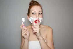 girl shave unwanted face hair